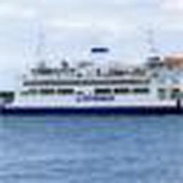 Turista lodigiana partorisce sul traghetto, muore la neonata