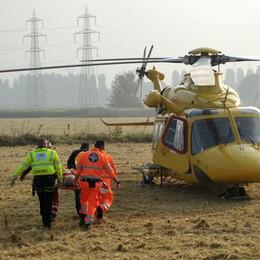 Operaio 28enne cade da un tetto a Merlino