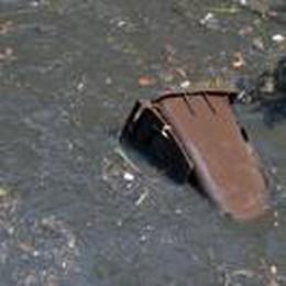 Dopo il maltempo un'onda di acqua nera e rifiuti nel Redefossi