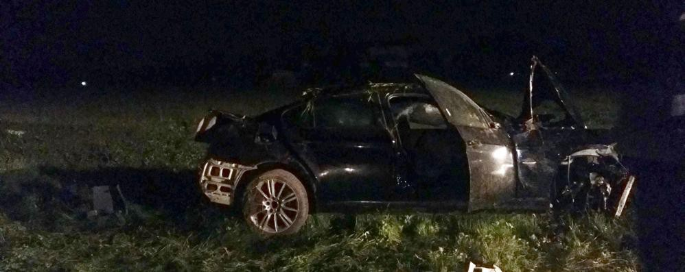 Furti in casa e inseguimento: albanese muore sull'auto rubata