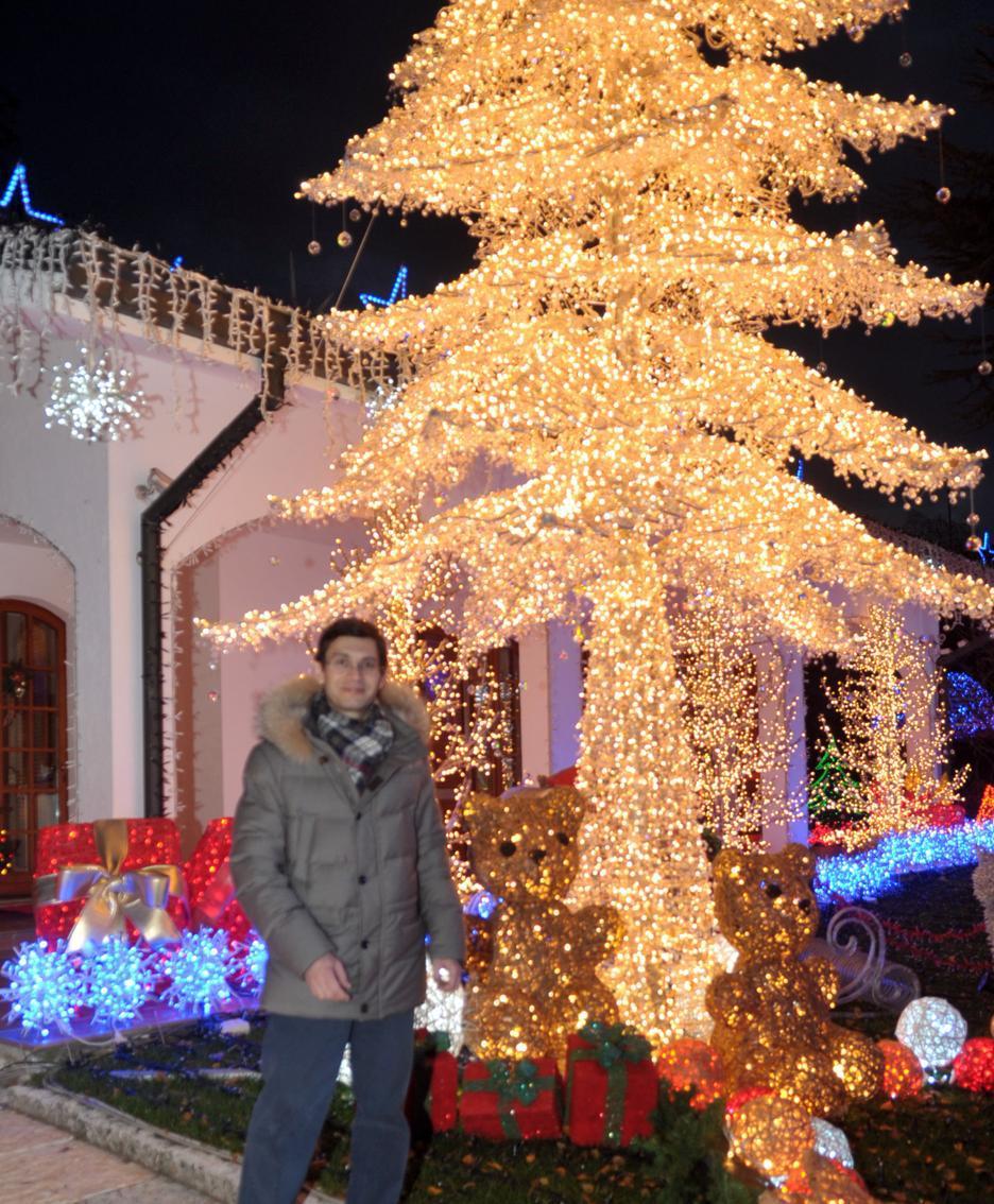 Babbo Natale Casa.Verso Un Nuovo Record Con Oltre 480mila Luci