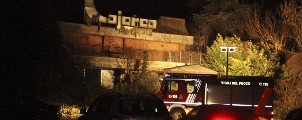 Codogno: cadavere ritrovato dentro l'ex discoteca Majorca. Inquirenti al lavoro  sull'ipotesi di omicidio. Risposte affidate al medico legale