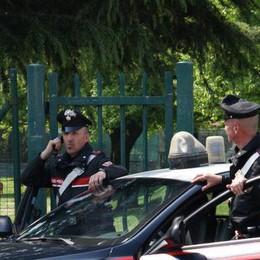 Ruba la cassa al supermarket, viene arrestato dai carabinieri