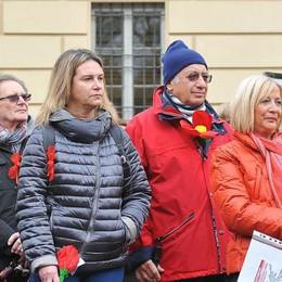 """Lodi, una marcia per dire """"basta"""" alla violenza sulle donne"""