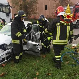 Schianto fra auto e camion all'ingresso dell'A1 a Ospedaletto