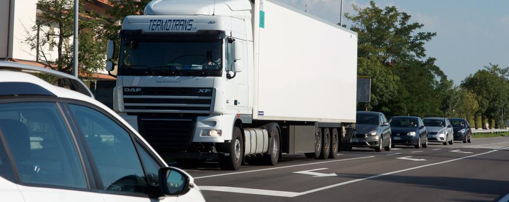 Motta Vigana sommersa dal traffico: in una settimana 60mila veicoli