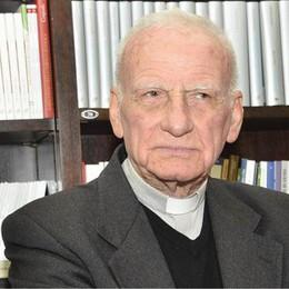 Lunedì a Lodi Vecchio l'addio a don Mario Ferrari