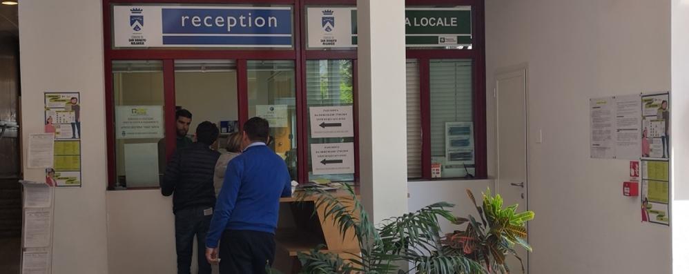 Strisce blu, a San Donato ressa allo sportello per avere informazioni e pass