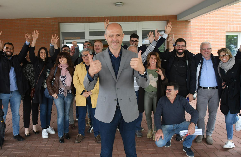 Federico Lorenzini festeggia la vittoria