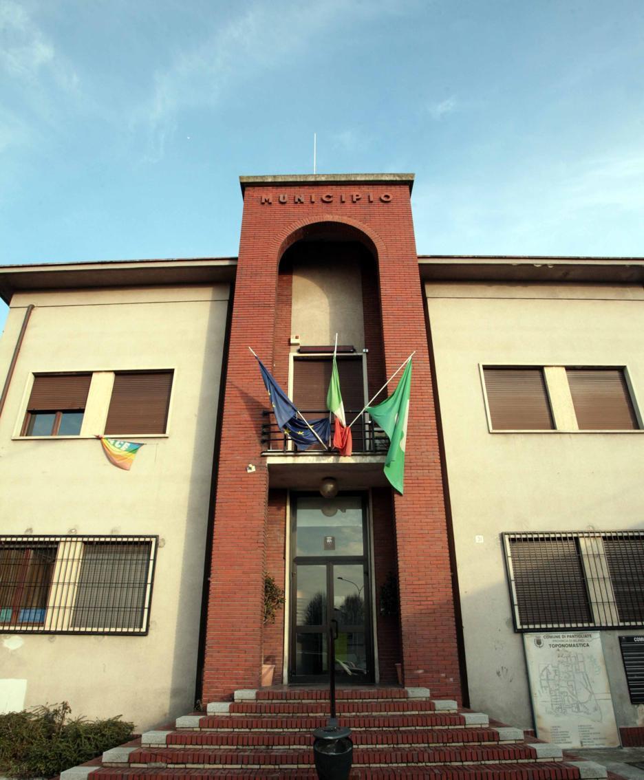 Il municipio di Pantigliate