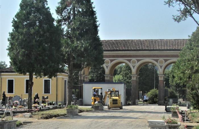 I lavori al cimitero