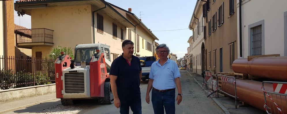 Sant'Angelo, ruspe al lavoro in via Cabrini dopo la pausa di Ferragosto