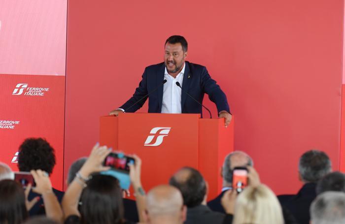 """Salvini e Toninelli presentano la """"nuova"""" Rogoredo"""