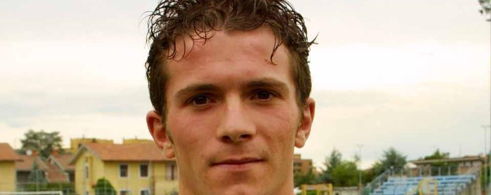 Ex calciatore del Sant'Angelo muore a 36 anni per un incidente sul lavoro