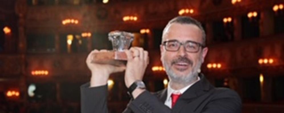 """Giulio Cavalli secondo al """"Premio Campiello"""""""