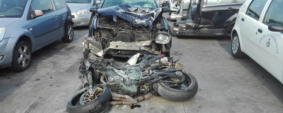 È gravissimo il motociclista ferito a Zelo, polemica sull'incrocio