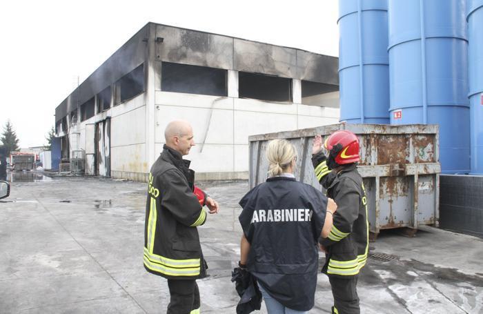 L'incendio nel capannone della Mirandolina