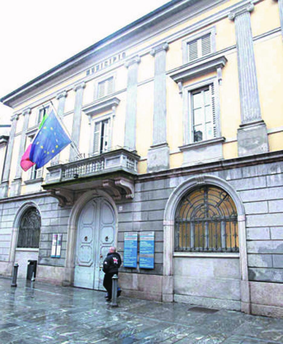 Il palazzo comunale a Codogno