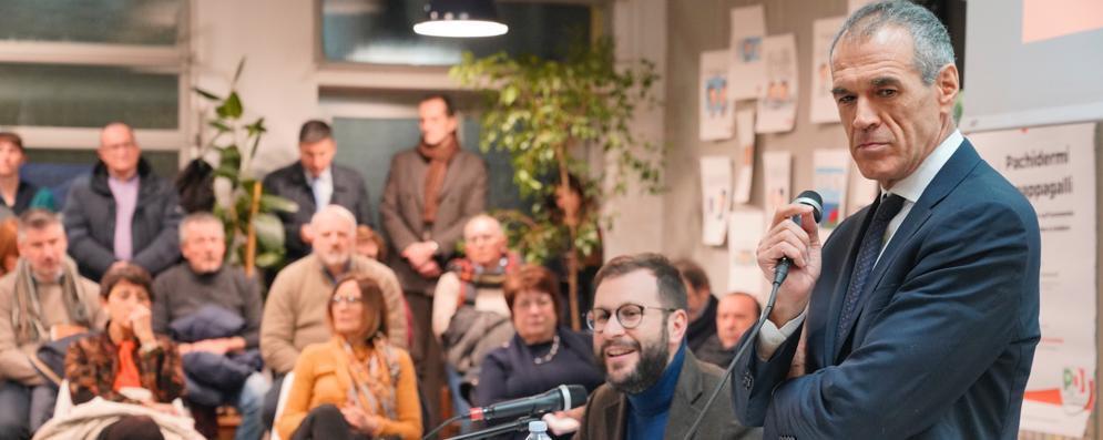 """La lezione del """"prof"""" Cottarelli: «L'euro? Non doveva finire così...» VIDEO"""