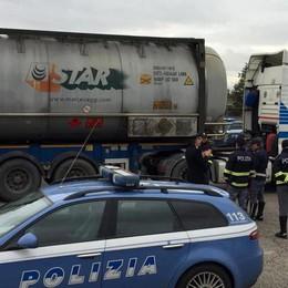 Merci pericolose sui tir, alla barriera di Melegnano multe per più di 8mila euro