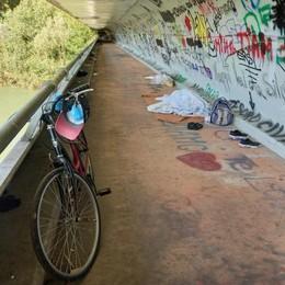 LODi Sotto il ponte ma anche in centro, i senza tetto alla ricerca di un rifugio VIDEO