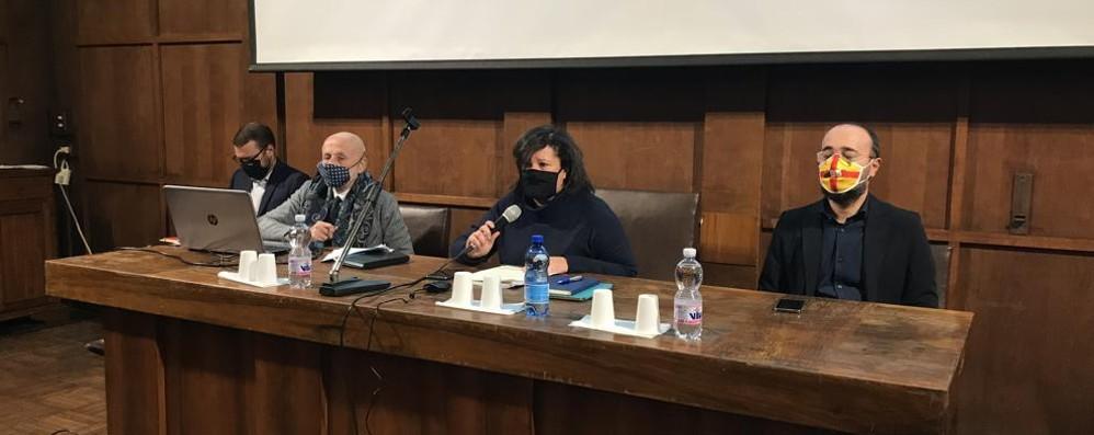 LODI Al Verri assemblea sull'Esselunga. Casanova: «Il piano può essere modificato» DIRETTA