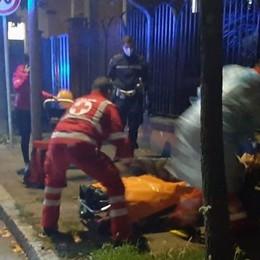 A San Giuliano una 23enne sta per partorire in strada: soccorsa dalla polizia locale