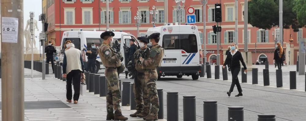 Davide Montagna da Nizza: «Regna il silenzio, città sotto shock» VIDEO