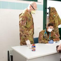 LODI Militari in corsia per  i tamponi agli studenti