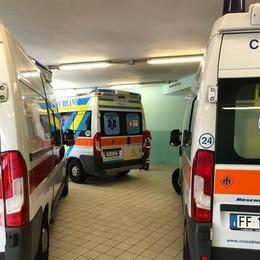 SAN DONATO Paziente 73enne con sintomi Covid aspetta in ambulanza per dieci ore