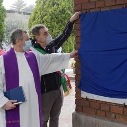 San Donato, una targa per ricordare le vittime del Covid VIDEO