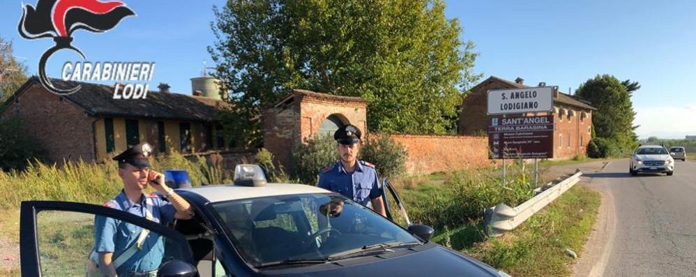 Sant'Angelo, a cascina Belfuggito spunta un malloppo di merce rubata