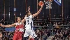 Basket, debutto azzurro per Pecchia