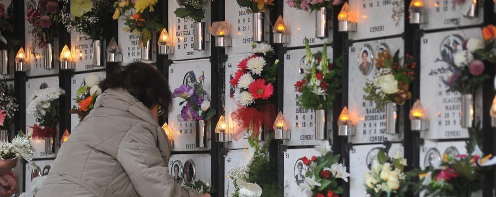 LODI Luci guaste al cimitero, dopo le proteste arrivano gli sconti