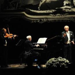 Si apre il sipario: Leo Nucci riporta alle Vigne la festa della musica