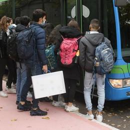 Paullo, l'idea dei bus privati per portare  gli studenti a scuola