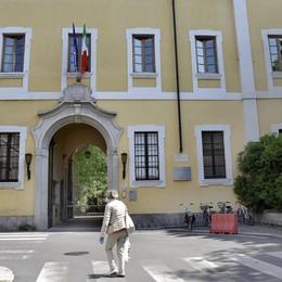 Santa Chiara, corsa a tre per la presidenza