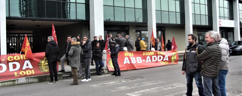 Lodi, la protesta dei lavoratori Abb