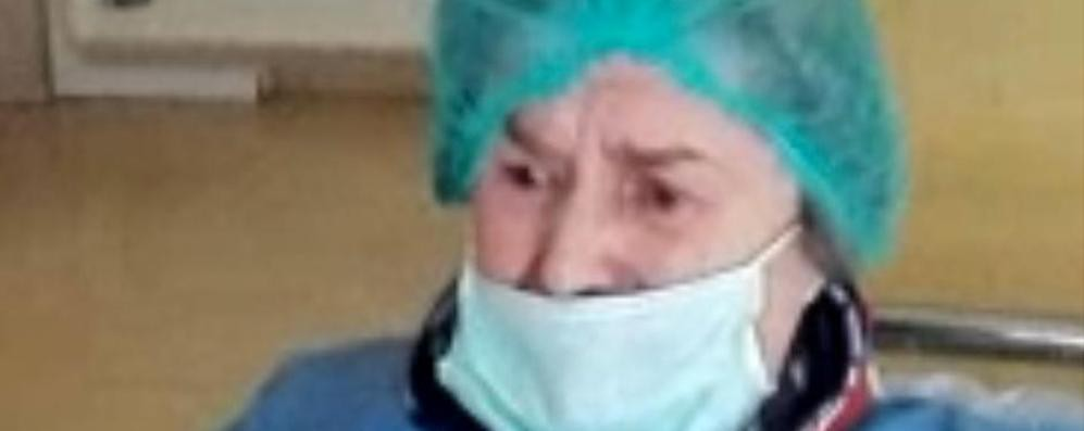 A 86 anni vince la sua battaglia contro il virus: «Sono felice» VIDEO