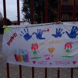 La casa di riposo di Sant'Angelo chiusa ai volontari: uno striscione può far sentire più vicini