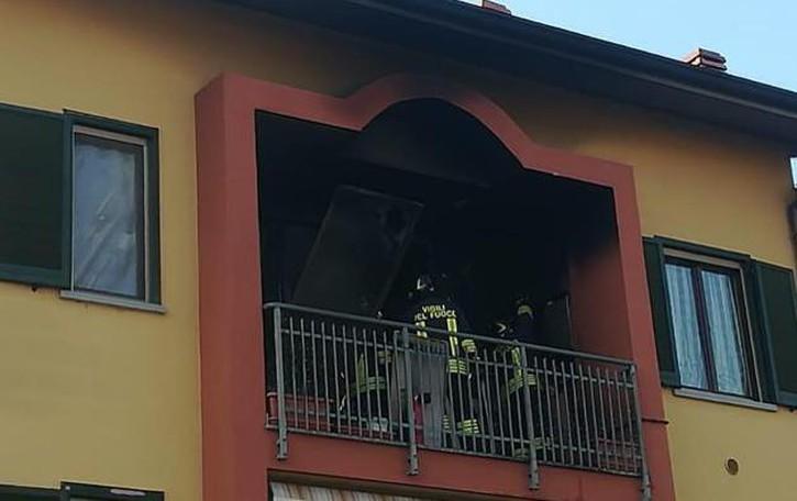 Balcone a fuoco, paura a Mulazzano
