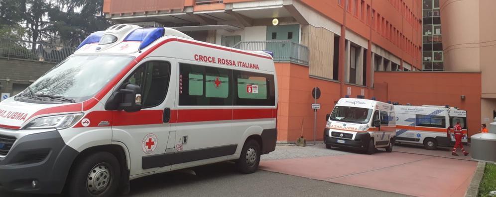 Il contagio rallenta ancora la presa:  gli ospedali sono sempre più vuoti