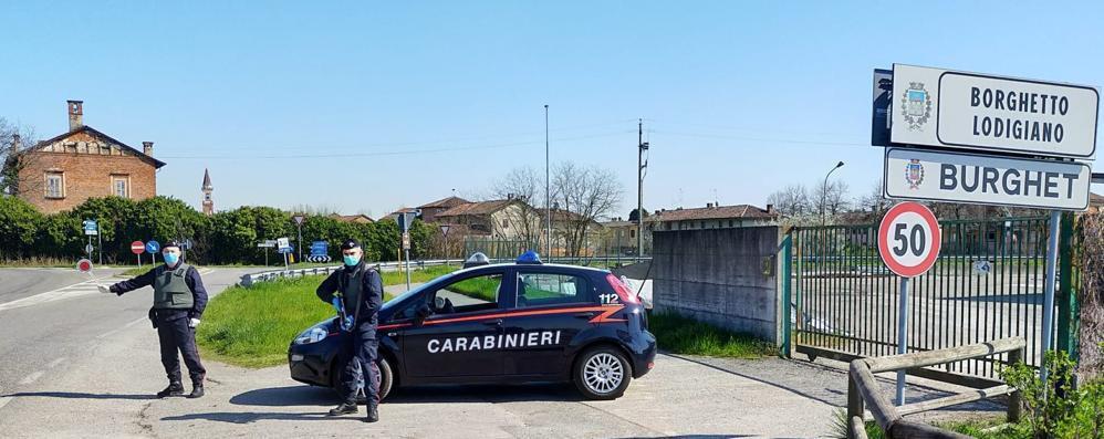 Pizzaiolo di Codogno accoltella l'anziana madre a Borghetto e poi si toglie la vita