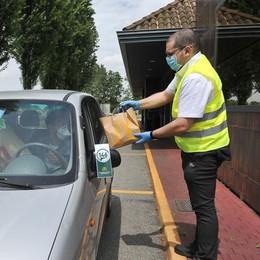 Torna il servizio McDonald's a Lodi: hamburger e patatine si prendono dall'auto