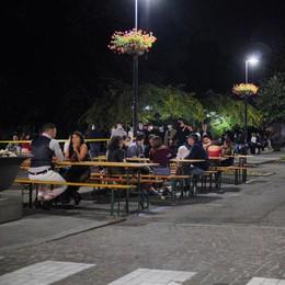 Più spazio per i tavolini: l'area pedonale di Casale passa l'esame