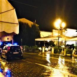 """Dopo i botti di notte nella fontana a San Colombano scatta il giro di vite sulla """"movida"""""""