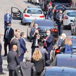 Codogno accoglie il presidente. Mattarella: «Da qui vogliamo ripartire» DIRETTA
