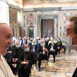 Medici e infermieri con il vescovo dal Papa