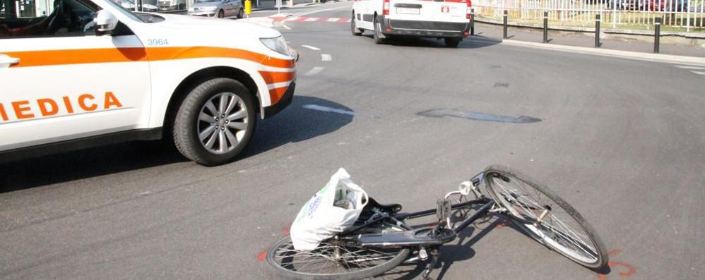 CODOGNO Schianto auto-bici, ferito 28enne