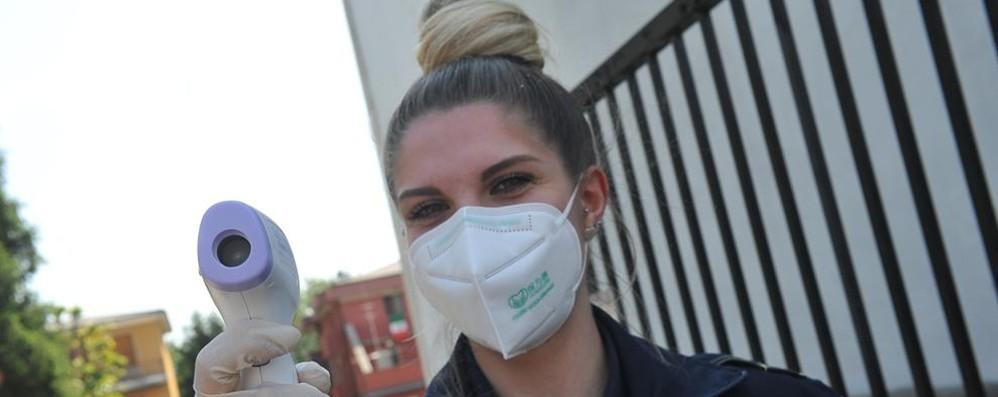 Lombardia, mascherine obbligatorie per altri 15 giorni